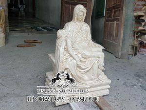 Patung Pieta Marmer Karya Pengrajin Tulungagung