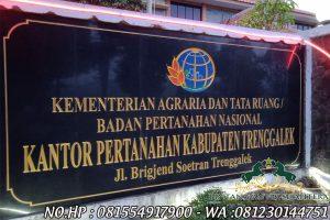 Contoh Papan Nama Kantor Pertanahan Kabupaten Trenggalek