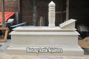 Model Makam Islam Marmer Tulungagung
