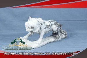 Patung Singa Marmer Carara